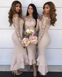 Argentina Nuevos vestidos de dama de honor de sirena sexy baratos fuera del hombro Bareau mangas largas ilusión vestido de invitado de boda alto bajo vestidos formales de dama de honor cheap mermaid hi low wedding dresses Suministro