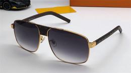 migliori occhiali da sole nuovi Sconti Nuovi occhiali da sole da stilista 2338 aste in pelle con cornice quadrata stile popolare occhiali protettivi uv400 di alta qualità di alta qualità