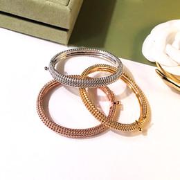 Or Argent Bracelets Pour Femmes Hommes Main Bijoux De Mode Designer Love Bracelet Créateur De Mode bijoux pour femme ? partir de fabricateur