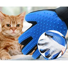 Canada Gants de nettoyage de poils en plastique Chiens en plastique Chats Beauté du massage Fournitures pour animaux de compagnie Chien Doux Bain Brosse de massage supplier plastic massage supplies Offre