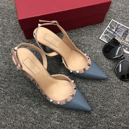 2019 pizzo d'epoca tagliato oxfords Designer punta a punta con borchie tacchi alti rivetti in vera pelle sandali donne con borchie scarpe con strappy scarpe a strappo