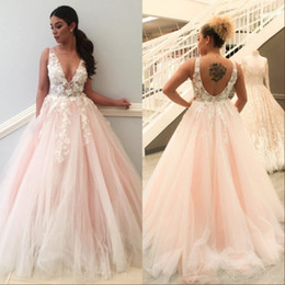 1affa7231c4 Nouveau robes de mariage rose robe de bal rose v-cou blanc dentelle  Appliques Tulle Puffy Plus taille parti robes de mariée white wedding dress  pink lace ...
