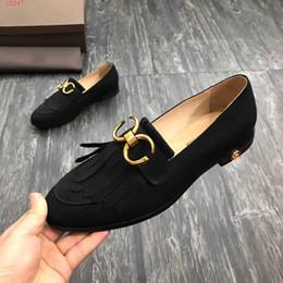 92b1d4bd6 Requintado fosco borla de couro decorativo Lok Fu sapatos nova moda  confortável tendência homens sapatos casuais tamanho 39-46 moda sapatos  novos barato