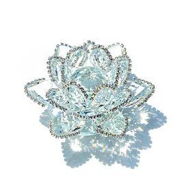 Recuerdos de cristal para la boda online-Hd Feng Shui Cristal de Cuarzo Flor de Loto Artesanía de Cristal Pisapapeles Adornos Figuras Inicio Decoración Del Banquete de Boda Regalos de Recuerdo J190712