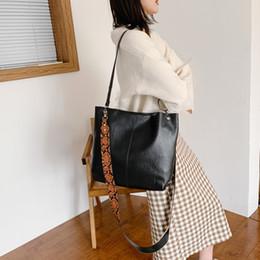Grande tote online-Moda Donna Solid spalle Colore Hasp HnadBag Bag Phone Bag Messenger grande sac en cuir femme # y2