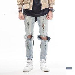 tyga déchiré jeans Promotion BLEU NOIR jeans de marque de mens designer de haute qualité grand trou ripped détruit biker rue kanye west vêtements de style Tyga butin
