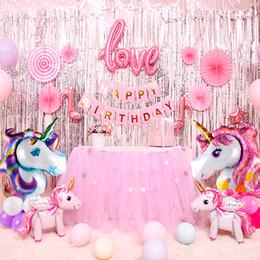 Ballons tisch online-QIFU Einhorn Party Decor Geburtstag Einhorn Thema Folienballons Papier Hut Servietten Teller Tischdecke Kinder Happy Birthday Geschenke