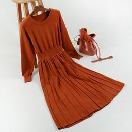 Invierno maxi vestido de lana online-Otoño inviernos Vestido plisado Moda Lana Tejer vestido Moda Señora Pop Trapecio Cintura de manga larga cuello redondo