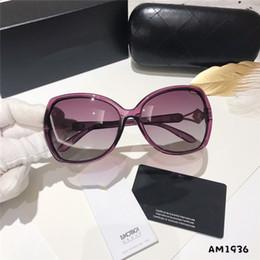 2019 sonnenbrille originalverpackung Neue Markendesignerdamen-Sonnenbrille-Art und Weisewasserbohrgerät-Kameliensonnenbrille Ursprüngliche Markenkastenverpackung der hohen Qualität günstig sonnenbrille originalverpackung