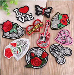 Stickerei kinder diy online-Aufnäher Iron On Sew-on Rose Blumen-Stickerei Fleckenapplique-Kinder Frauen Kleidung Hüte DIY Kleidung Jeans Aufkleber-freies Verschiffen