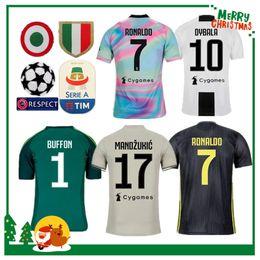 Versión de fan 18 19 Juventus RONALDO DYBALA HIGUAIN POGBA camiseta de fútbol  2018 2019 Italia Juve MARCHISIO MANDZUKIC BUFFON camisa de hombre de casa 8e363c40ef66f