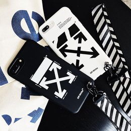 обтекатель Скидка Fashion Off Simple White Letter Couple Phone Case for iPhone 7 8 Plus X XS XR MAX 11 pro Soft Cover With Lanyard