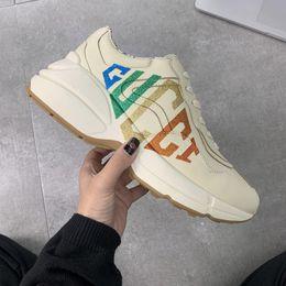 set di biancheria da letto di ricamo a mano Sconti Mens Rhyton Sneaker con Wave Bocca Web Stampa Tiger fragola delle donne di lusso shoes Sneakers Vintage Formatori Dad Shoes