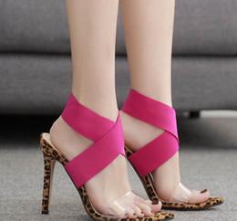Pompes léopard roses en Ligne-2019 léopard rose patchwork lanière croisée sangle croix à talon haut pompes chaussures designer chaussures taille 35 à 40
