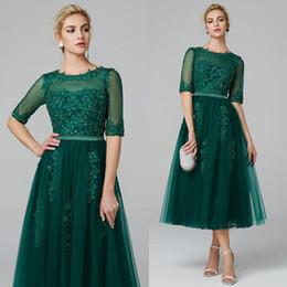 Noiva da mãe verde-oliva on-line-Verde-oliva Chá Comprimento Mãe Da Noiva Vestido Meia Mangas Para Festa de Casamento Convidado Vestidos Formais Vestidos de Noite