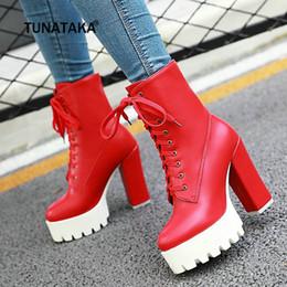 sapatos de salto curto vermelho Desconto Mulheres Botas Curtas Grossas Botas de Salto Alto Ankle Boots Lace Up Plataforma Moda Inverno Mulher Sapatos Brancos Preto Vermelho
