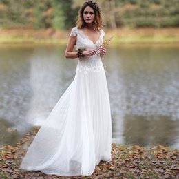 vestidos de novia únicos de invierno Rebajas Boho vestidos de encaje con encanto 2020 cuello en V manga casquillo ata para arriba detrás de una larga línea de Summber Playa Vestidos de novia Vestidoe de Noiva