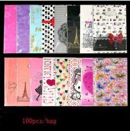 sacos de plástico para embalagens de vestuário Desconto 2019 100pcs / saco de roupa Thicken Plastic Bag Com alças casamento 15x20cm presente Grosso Boutique do presente Comercial Embalagens plásticas Saco do punho