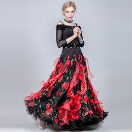 2019 trajes de baile azul blanco rojo Vestido de baile de salón vestido de vals de las mujeres franja trajes de flamenco trajes de baile de las mujeres imprimir swing largo