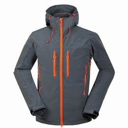 93bbc3819a 2019 New men s outdoor camping hiking sports north jacket composite velvet  soft shell face coat 1652