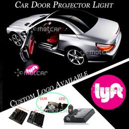 2019 ha condotto la luce del pozzanghera 1pair Car Door Wireless Proiettore Laser Logo Light Benvenuto Ghost Shadow Puddle Emblem LED Spotlight ha condotto la luce del pozzanghera economici