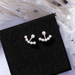 5fb15193e82e 2019 temperamento coreano simple perla pendientes curvos personalidad  minimalista salvaje pendientes geométricos para las mujeres niñas regalo de  la joyería