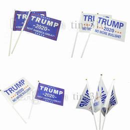 Drapeau de main de 21 cm en Ligne-Nouvelle Main Held Trump Drapeau 14 * 21cm Mini 2020 Gardez l'Amérique Grande Drapeaux De Bannière En Polyester Drapeaux Drapeaux 4694