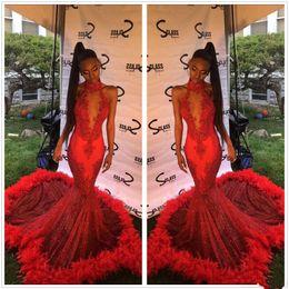 2019 Halter de encaje rojo sirena vestidos largos de baile de lentejuelas apliques de piel barrido tren fiesta formal vestidos de noche Vestidos De Novia caliente desde fabricantes