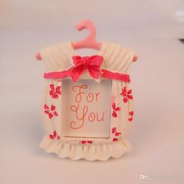 Resina Photo Frame delicado Baby Shower Favors Mini cabide Ornamento Lua Cheia para crianças festa de aniversário do presente 3 6lyC1 de Fornecedores de molduras para casamentos