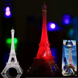 Canada Vente en gros- 2017 Mode Tour Eiffel Nuit Lumière Coloré LED Lampe En Chambre De Mariage Décoration Accessoires À La Maison Partie D'anniversaire Cadeau H7 Offre