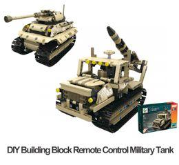 moteur rc nitro Promotion Bloc de construction bricolage télécommande véhicules à chenilles 2.4G RC réservoir militaire quatre canaux charge USB frais cadeaux pour les enfants