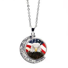 Canada Eagle Beauty National Flag Collier rotatif à deux côtés Marque Crystal Love Charm Fine Designer Bijoux Parures Femme Colliers Pour Femmes Offre