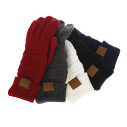 2019 рукавицы трикотажные 2019 Держите руки в тепле, чтобы использовать телефон CC Перчатки с сенсорным экраном 8 цветов Зимние вязаные теплые полные варежки для пальцев Праздничные атрибуты дешево рукавицы трикотажные