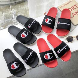 01bced13e17 Летние мужские тапочки с вышивкой логотипа мода нескользящие уличные  тапочки Tide бренд пляжная обувь для женщин