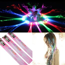 LED Light Up Волосы Игрушка Флэш-Оптика Расширение Клип Косы Партии Аксессуары Для Волос Мода Новые LED Волосы от Поставщики мальчики светящиеся кроссовки