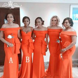 Laranja linha vestido de casamento on-line-Sereia africano Vestidos de Dama De Honra De Cetim Plus size Fora do ombro Ruched Convidado Do Casamento Vestidos de Festa de Formatura de Noite de Baile Vestidos A44