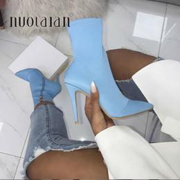 2019 женские сапоги на высоком каблуке 11см фетиш шелковые носки сапоги стрейч стилет каблук синий желтый лодыжки плюс размер 35-42 обувь cheap blue silk heels от Поставщики синие шелковые каблуки