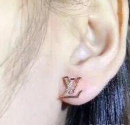 marchi famosi di qualità gioielli in oro rosa placcato designer orecchini per le donne di lusso migliore regalo di Natale per le donne da i supporti del telefono fornitori