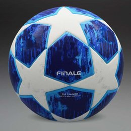 Ledergewichte online-Neuankömmling !! 2018 Champions League Soccer Ball Offizielle Größe und Gewicht Fußball Partikel Rutschfester PU Leder Fußball