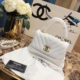 Bolsas de mano negras online-2019 Diseñador de Mujeres Bolsos de Hombro de Lujo Candados Pequeños Bolsos en Tono Dorado Rojo Negro Cuero Blanco Dama Manera Moda Bolso Tote Cadena Totes