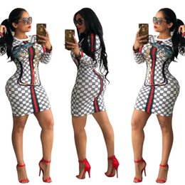 robe de femme courte d'or Promotion Femmes Sexy Robes Moulantes 2019 Nouvelle Arrivée Femmes D'été Imprimé Casual Robes À Manches Longues Femmes De La Mode Col Ras Du Cou Sexy Robes Mince