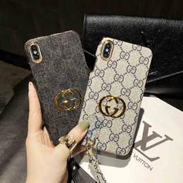 Handy-armbänder online-2019 große marke luxus pc harte designer telefon case für iphonex xs max xr 8 plus 7 plus 6 6 s rückseitige abdeckung handy case mit handschlaufe