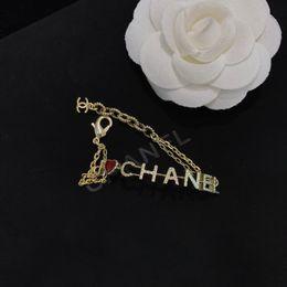 Bracelete selvagem on-line-Jóias roupas acessórios decorativos Simples estilo elegante letra selvagem Pingente de Cadeia pulseira feminino presente mulheres pulseiras jóias ti-ff10