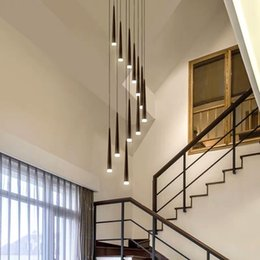 2019 modernos lustres de escada Modern LED staircae preto iluminação lustre de alumínio cônica longa escada luzes pingente espiral suspensão luminária brilho das lâmpadas de escada modernos lustres de escada barato
