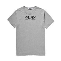 d camisa gris hombre Rebajas La alta calidad de los hombres del diseñador de moda C-D-G jugar tee Comme des Garçons de algodón de impresión grandes negros Heart camisetas de los hombres ocasionales de las mujeres camisetas del gris