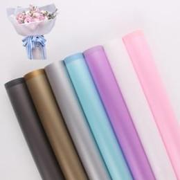 fiori materiali avvolgere bouquet Sconti 20 fogli / lotto carta da imballaggio fiore carta da regalo smerigliato materiale fatto a mano bouquet fai da te confezione regalo carta da regalo AAA1598