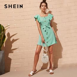 48f87686988e3 SHEIN Düğme Ön Öz Kravat Gömlek Mini Elbise Kadınlar Sevimli Kare Boyun  Katı Yaz Elbise Yüksek Bel Fırfır Trim Kısa