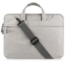 13 maniglia del sacchetto del computer portatile online-Custodia per laptop con tracolla per MacBook Air 13 pollici 11 Retina 12 13 15 Borsa per notebook con tracolla a tracolla 14 15.6 '' Laptop