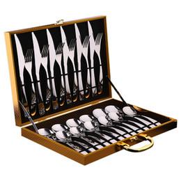 Cuchillos tenedores juegos de cucharas online-Juego de Cubiertos de Acero Inoxidable Estilo Occidental Cuchillo y Tenedor de Cuchillo Cuchillo Tenedor y Cuchara Vajilla con Caja de Regalo GGA2129