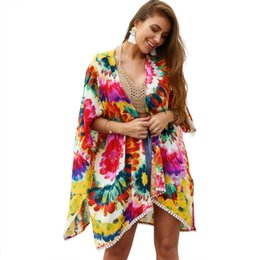 2019 robe de mode cape 2019 Mode été Cardigan Dress Beauty Cape Bohimian Beach et l'usure de vacances imprimées dame porter de fille robe de mode cape pas cher